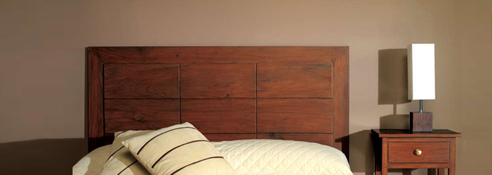 Sheesham Hardwood Rosewood Wooden Lifestyle Luxury Furniture Shope Store Pune Bangalore
